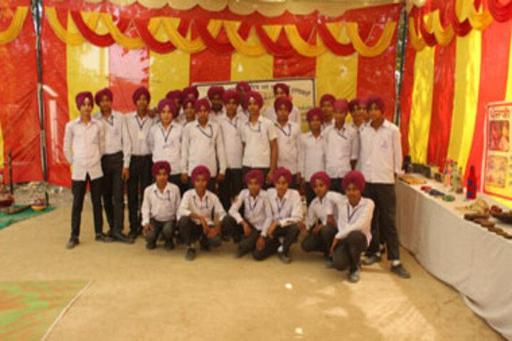 Nishaan Academy-Students