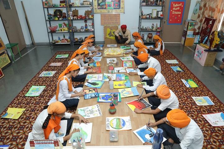 Nishan-E-Sikhi International School-Art Room