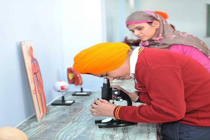 Nishan-E-Sikhi International School-Biology Lab