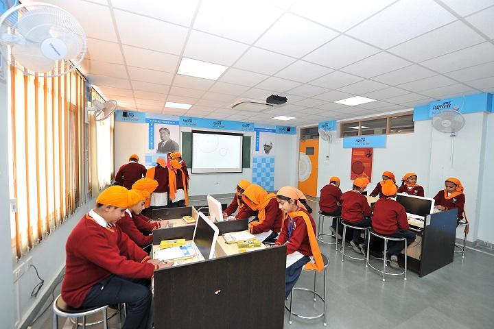 Nishan-E-Sikhi International School-Computer Lab