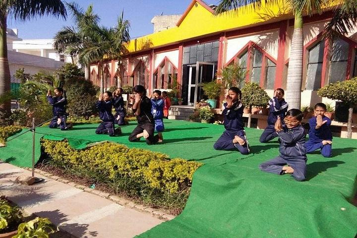 Noble Heart School-yoga