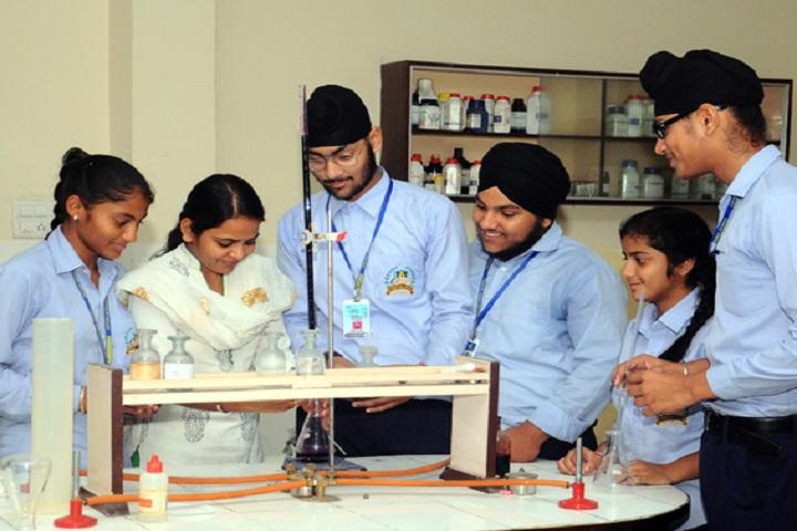 Oxford International School-Chemistry Lab