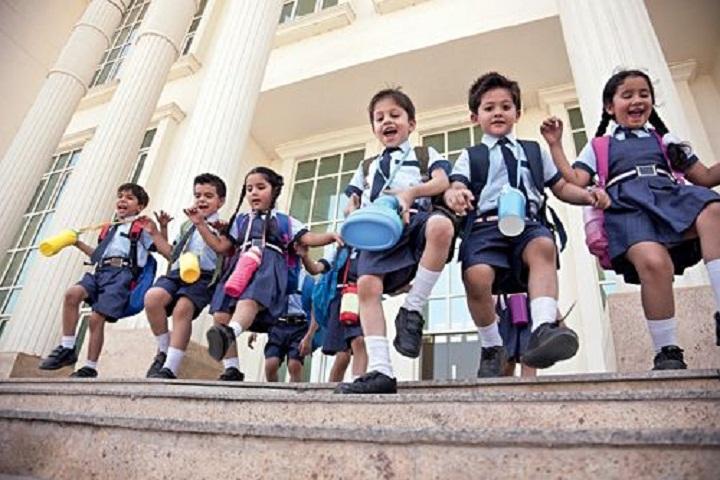 Oxford School-Children-play