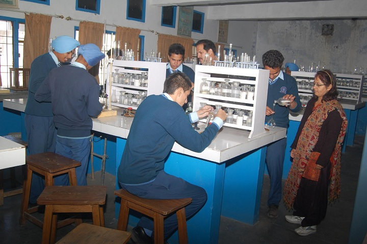 Paragon Senior Secondary School-Chemistry LAB