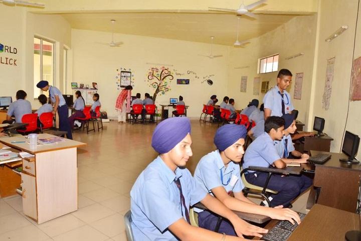 Pioneer School-Computer-Lab