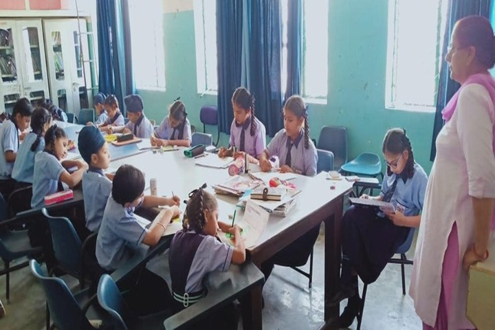 Punjab Convent  School -Library