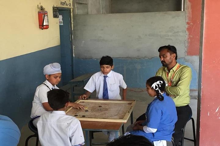 Rishi Model School-Indoor Games