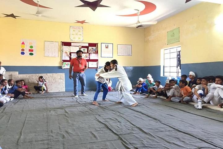 Rishi Model School-Karate