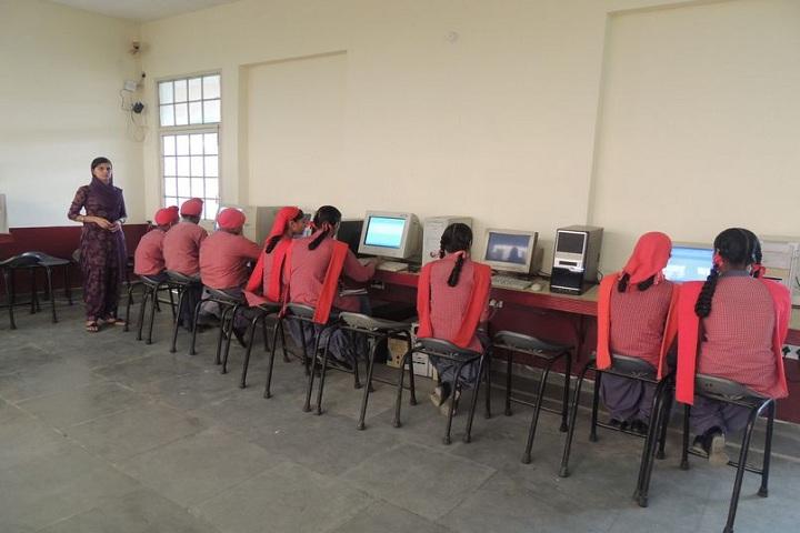 S Harbans Singh International Public School-Computer Lab