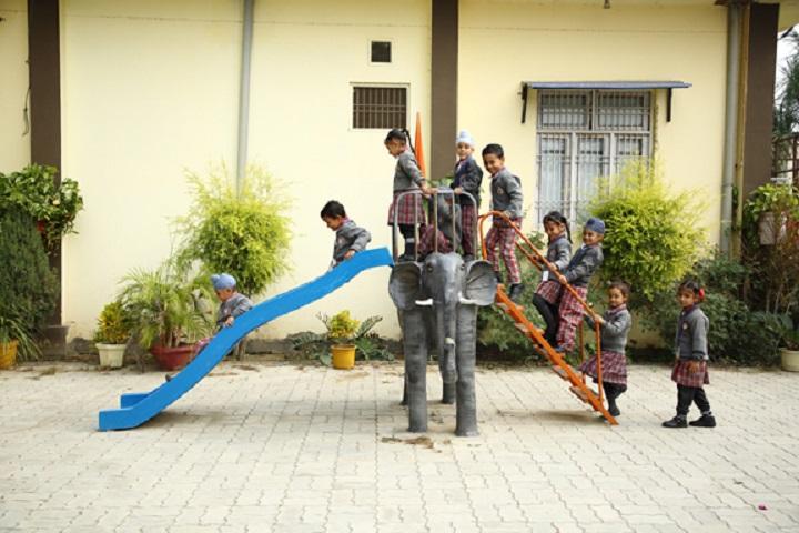 S Sukhjinder Singh Memorial Public School-Kids Playing