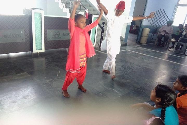 Sacred Heart Public School-Dance Room