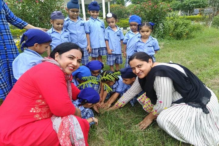 Sahibzada Zorawar Singh Public School-Plant A Tree