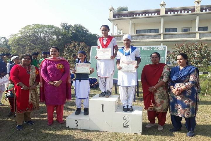 Sahibzada Zorawar Singh Public School-Prize Distribution