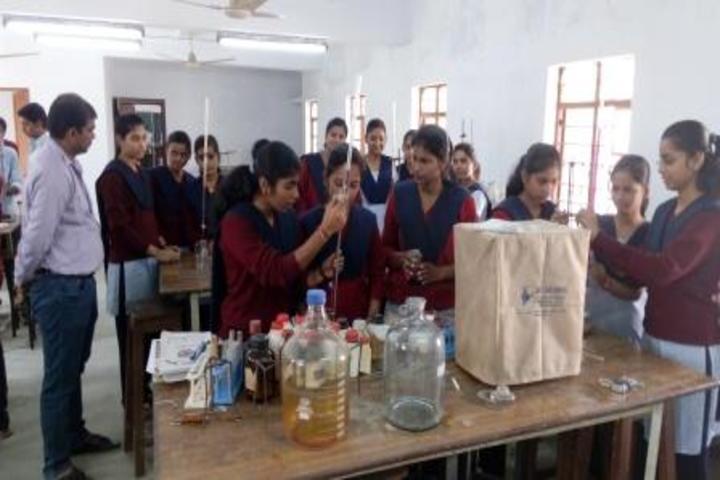 Jawahar Navodaya Vidyalaya-Chemistry-Lab