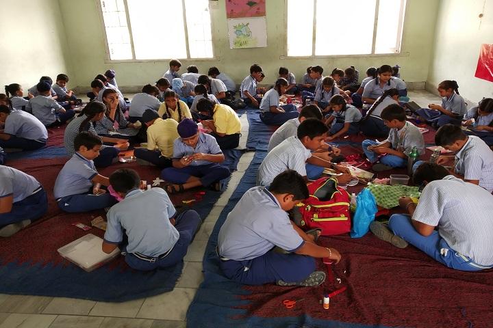 Saint Kabir Gurukul-Rakhi Making Compitition