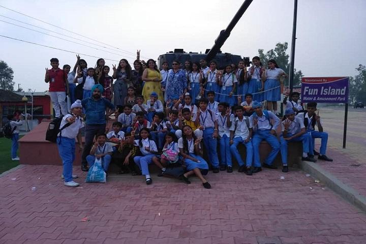 Saint Soldier Convent School-Students
