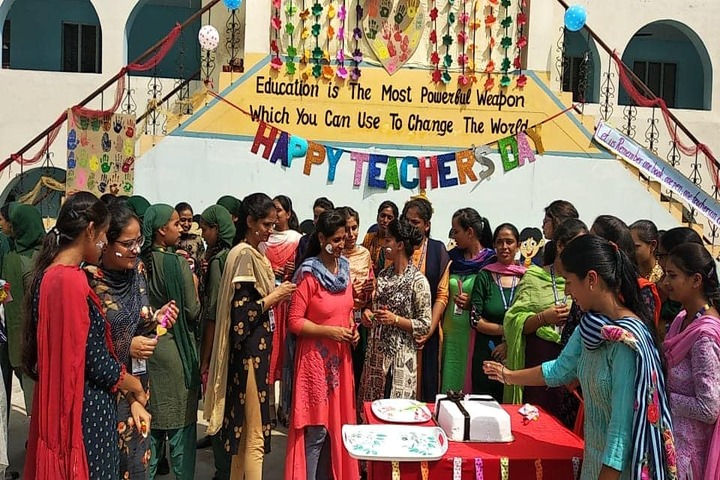 Sant Baba Ranjeet Singh Public Senior Secondary School-Teachers Day Celebrations