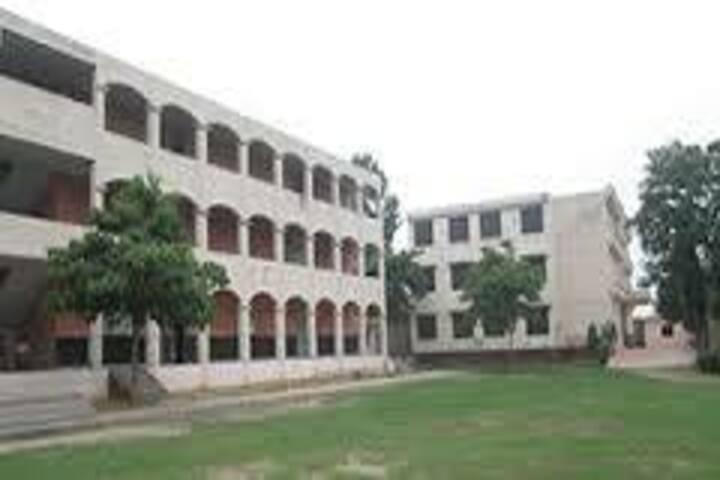 Sant Raghbir Singh Aims Public School-Campus Area