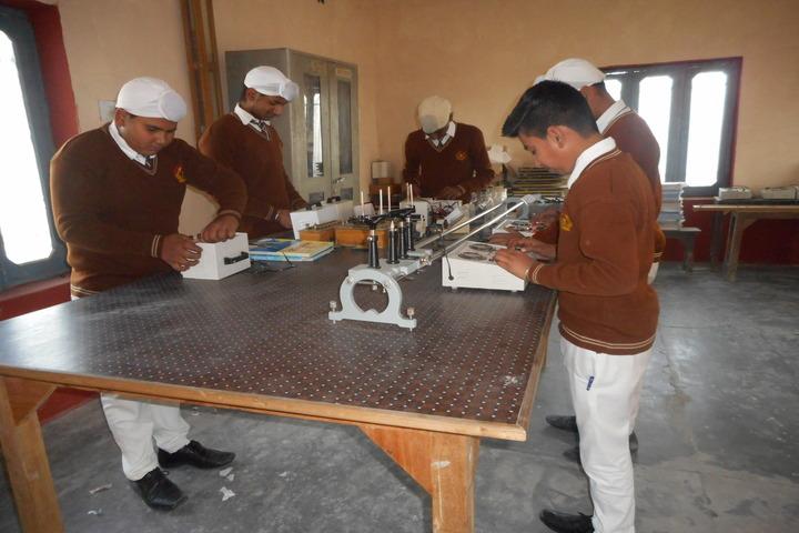 Sant Sar Public School-Physics Lab