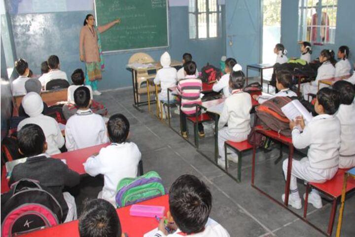 Sarvhitkari Senior Secondary Vidya Mandir-Classroom