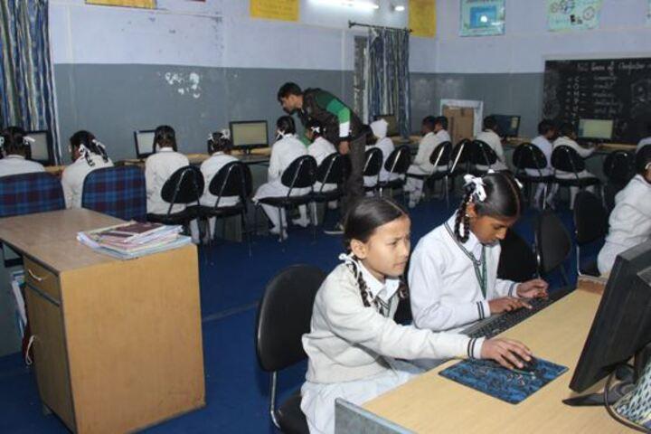 Sarvhitkari Senior Secondary Vidya Mandir-Computer lab
