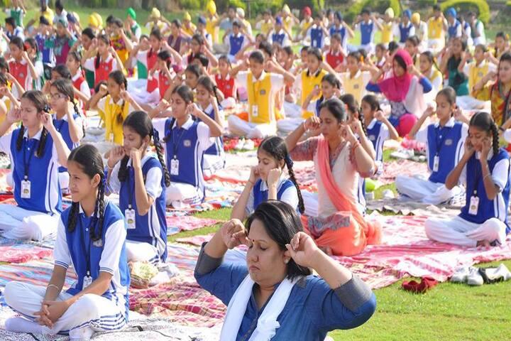 Scholar Fields Public School-Yoga