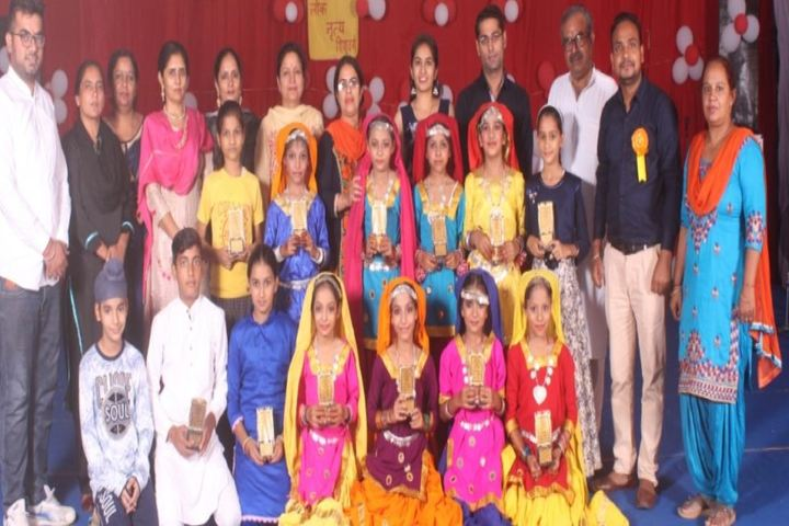 Sh Surender Kumar Gupta Saruhitkari Vidya Mandir-Fancy Dress