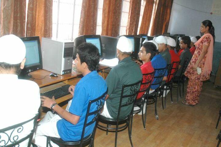 Shaheed Darshan Singh Pheruman Public School-Computer Lab