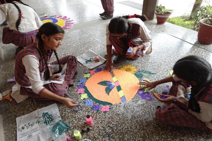 Sheela Rani Tangri Dav Public School-Rangoli Competition