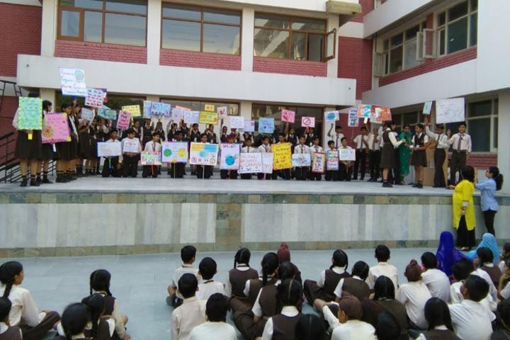 Shishu Niketan Public School-Earth Day