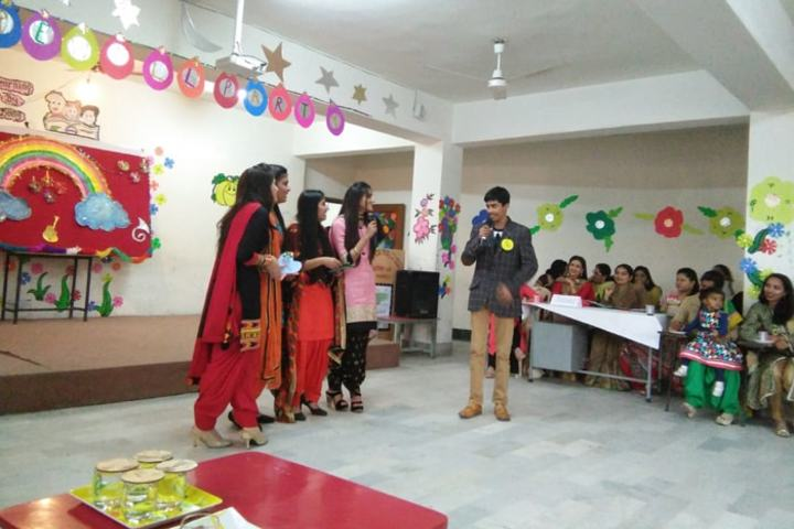 Shishu Niketan Public School-Farewell