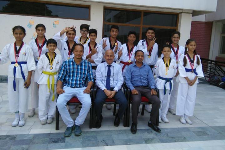 Shishu Niketan Public School-Karate