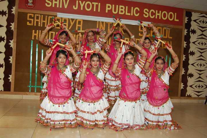 Shiv Jyoti Public School-Dance