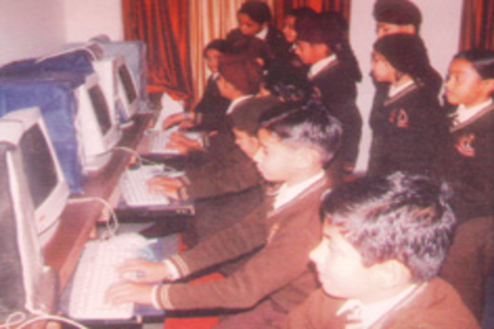 Shivalik View Public School-Computer Lab