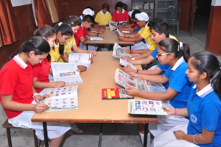 Shivalik View Public School-Library