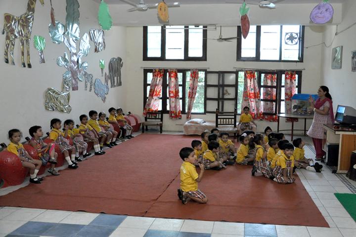 Shiwalik Public School-Junior Class Room