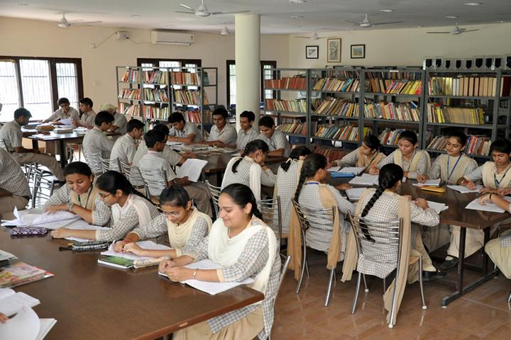 Shiwalik Public School-Library