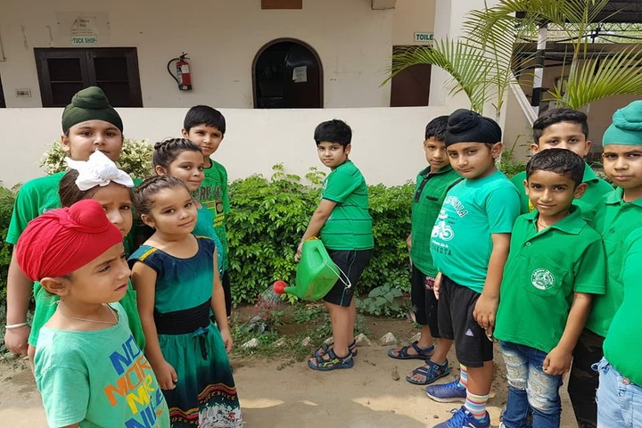 Shree Hanumat International Public School-World Environment Day