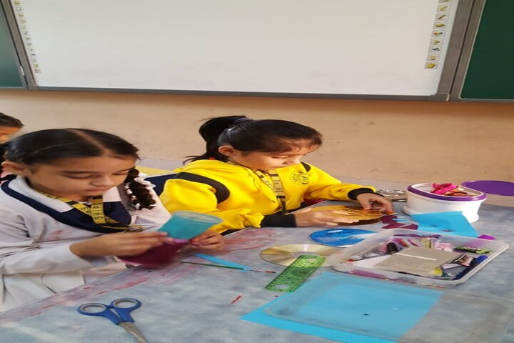 Shree Hanumat International Public School-Art And Craft
