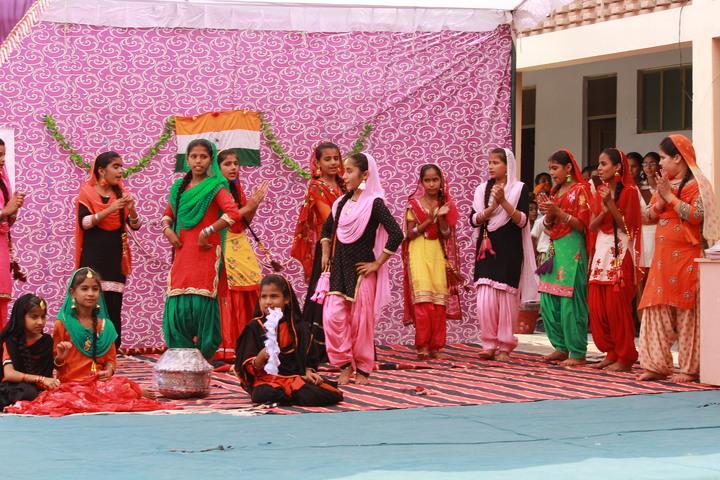 Shri Guru Angad Dev Public School-Dance
