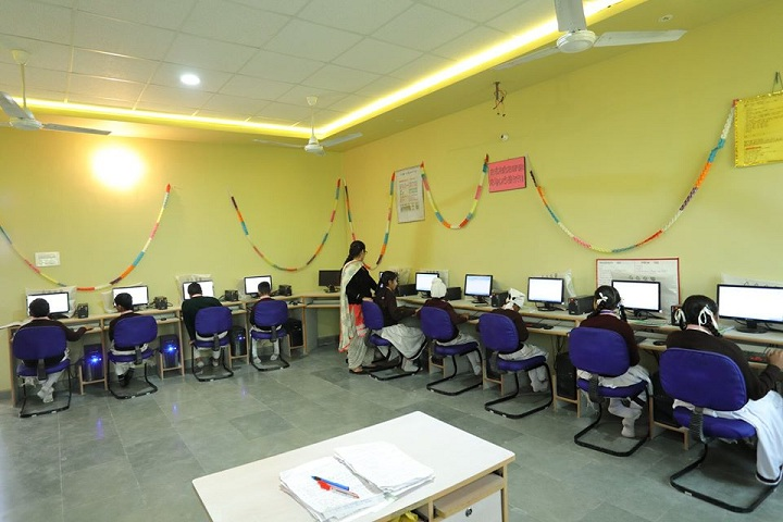 Shri Guru Ravi Dass Public School-IT-Lab