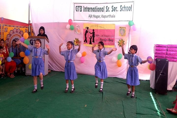 Shri Guru Tegh Bahadur International Senior Secondary School- uniform