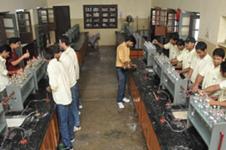 Shri Ram Ashram Public School-Laboratory