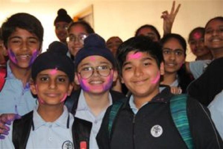 Smart Wonders School-Holi Celebrations