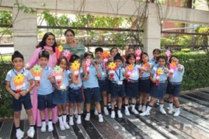 Smart Wonders School-Mothers Day