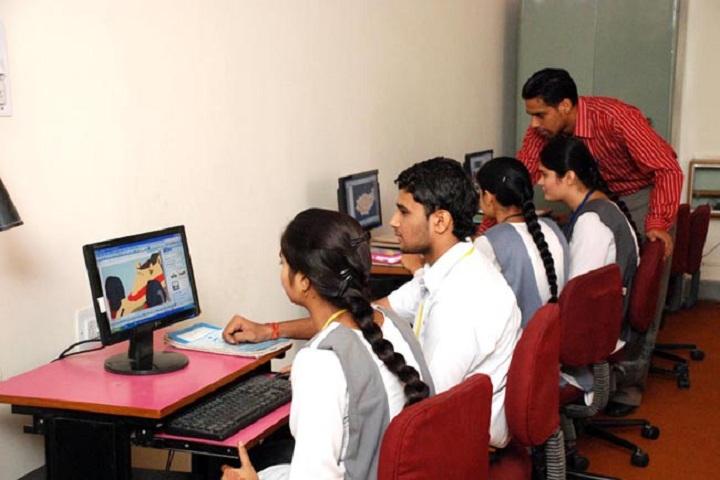 Sri Guru Harikrishan Public School-Computer Lab