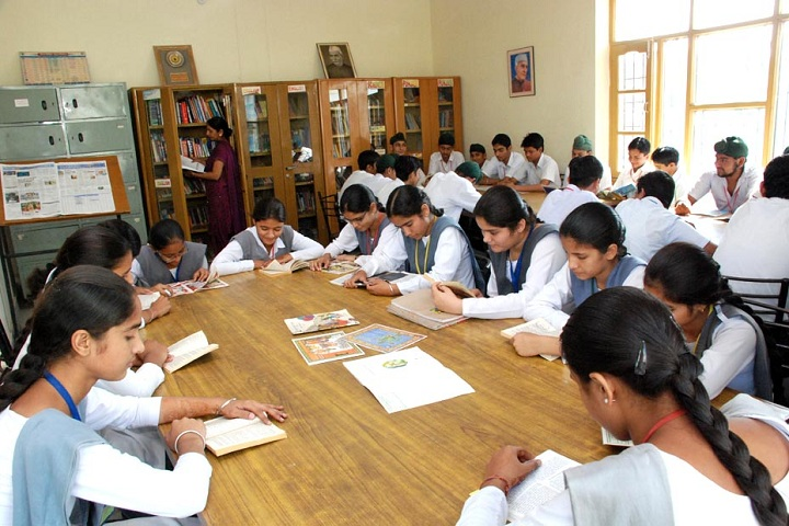 Sri Guru Harikrishan Public School-Library