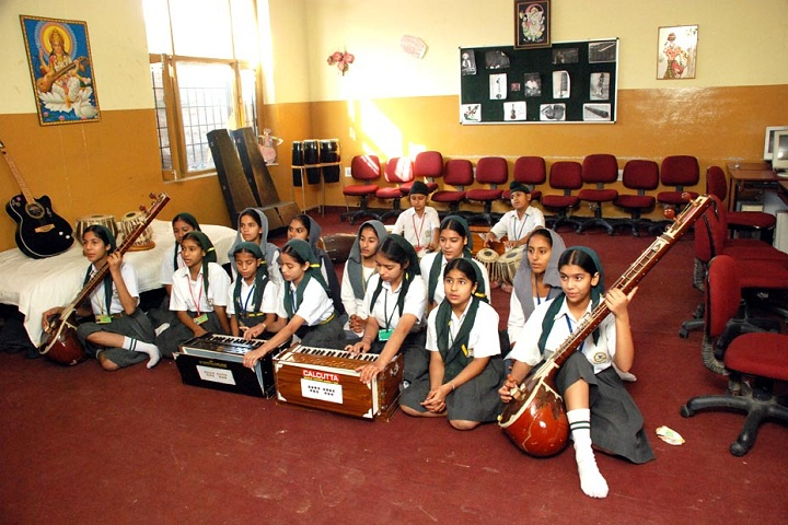 Sri Guru Harikrishan Public School Music Class