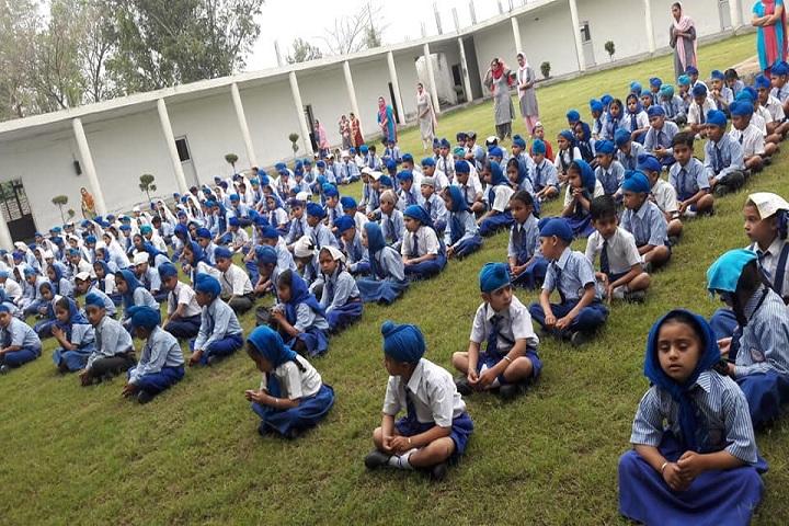 Sri Guru Harkrishan International School-Yoga Day