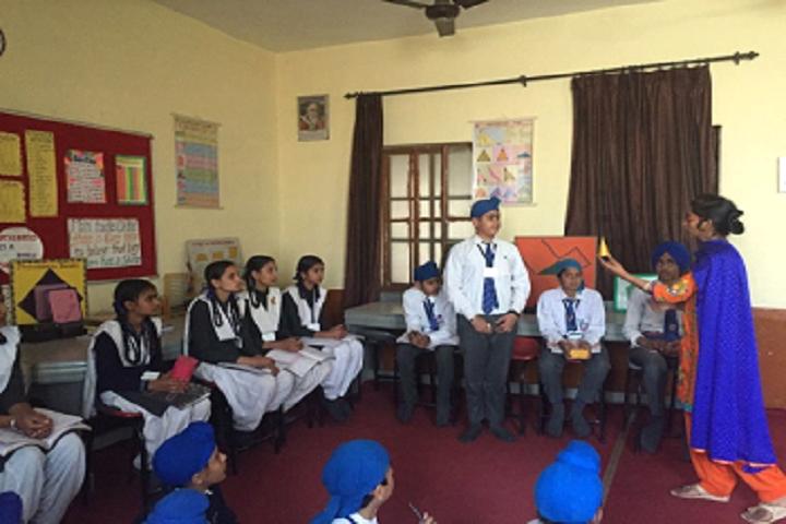 Sri Guru Harkrishan Public School-Maths-Lab